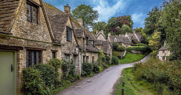 Travel Bucket List | 5 Scenic Road Trips in UK