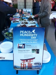 peace-and-humanity-day-2013-floating-of-paper-lanterns-coronado-san-diego-2