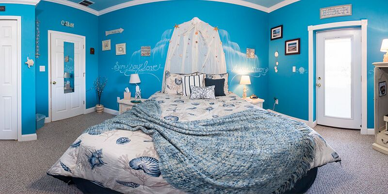Beaches Chick Flick Bedroom At The Ever After Estate