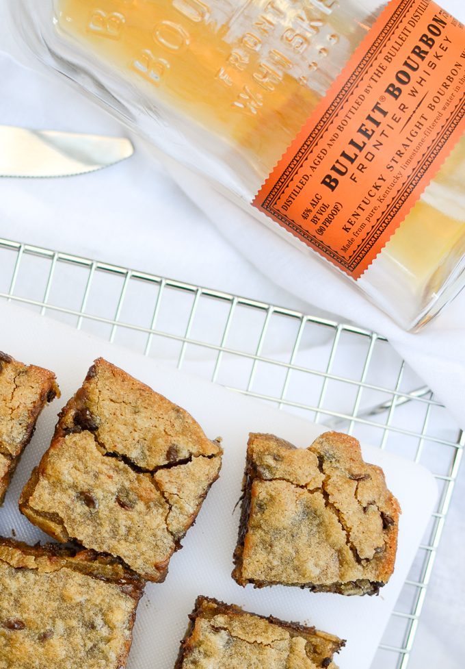 Brown Butter Bourbon Chocolate Blondies | www.theeverykitchen.com