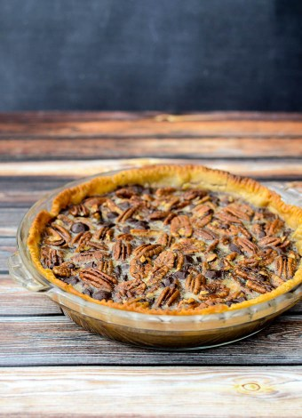 Bourbon Dark Chocolate Pecan Pie | www.theeverykitchen.com