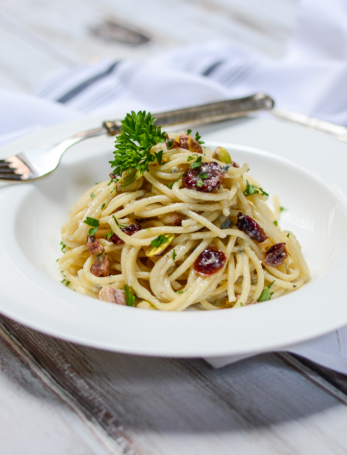 Gorgonzola Pasta with Cranberries and Pistachios | www.theeverykitchen.com