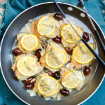 I love the versatility of One-Skillet Mediterranean Lemon Chicken. This recipe makes a quick and easy weeknight dinner and is also perfect for Sunday meal prep. Low calorie, high protein, gluten free, sugar free. | theeverykitchen.com