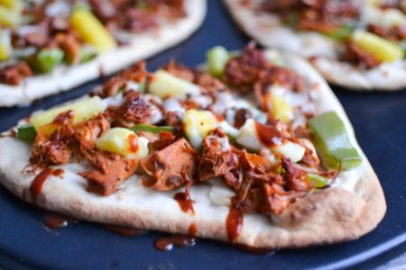 Tasty BBQ Jackfruit Naan Pizzas from One Hungry Bunny   theeverykitchen.com
