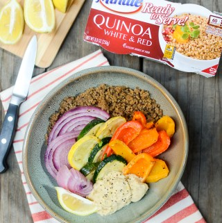 Easy Roasted Vegetable, Hummus, and Quinoa Bowls are fully prepped in just 15 minutes thanks to @MinuteRiceUS Ready to Serve AD | theeverykitchen.com