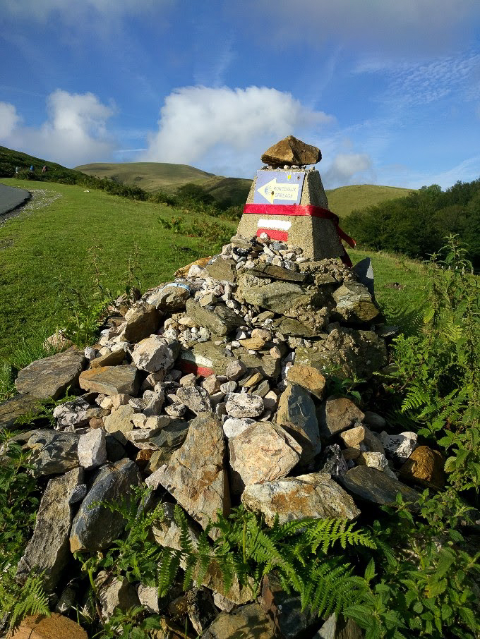 A waymarker made altar on the Camino Frances | theeverykitchen.com