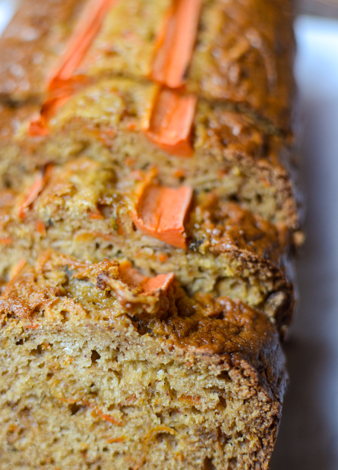 Carrot Apple Bread close-up | theeverykitchen.com