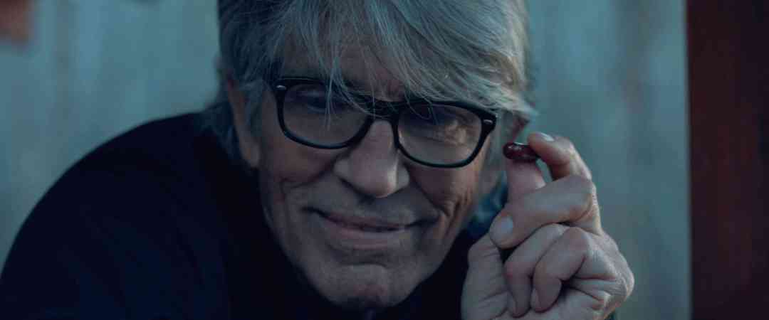 Eric Roberts in The Evil Inside Her
