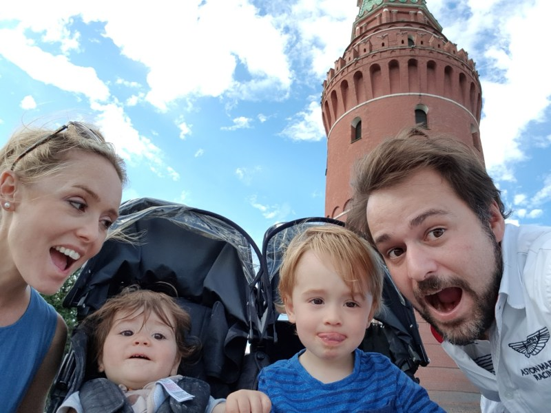 expat family