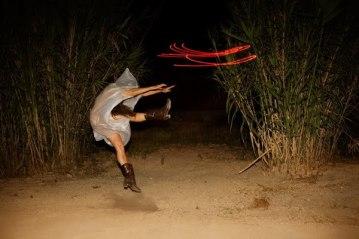 VICTORIA MACARTE //////////////// - (moviment) - Altres projectes: Konic Thtr; Nits del caballo Bailador - http://www.tea-tron.com/victoriamacarte/blog/