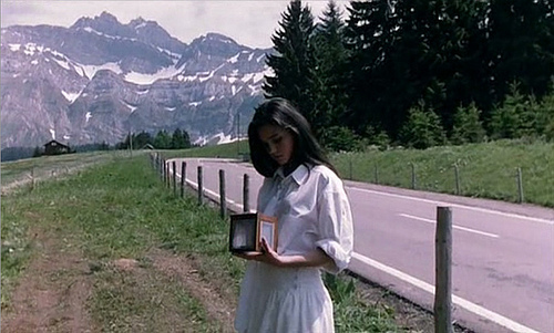 Jennifer connelly - phenomena- white summer- vintage inspiration