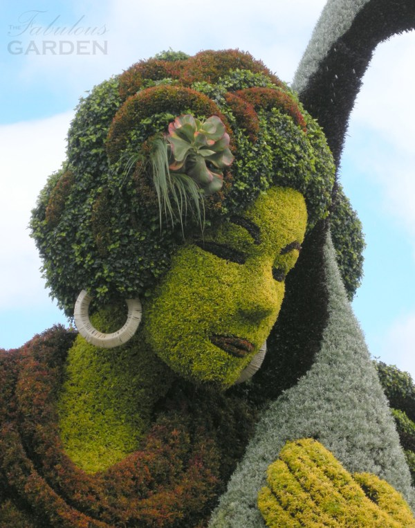mosaiculture woman face