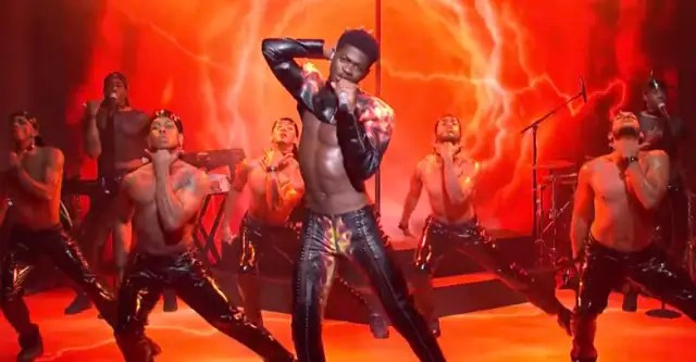 """Watch Lil Nas X bring """"Montero"""" and """"Sun Goes Down"""" to SNL 1"""