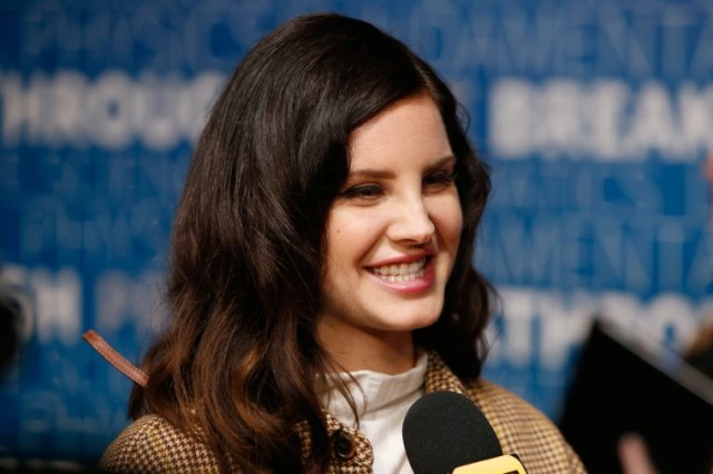 Lana Del Rey Finishes Work On Next Album Says New Song Out Next Week