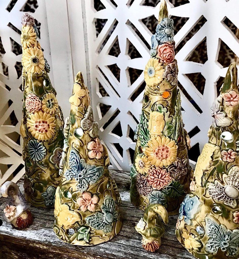 Custom Flower Pottery in Delaware