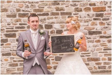 cardiff-castle-alternative-wedding-photographer-0921-photo-by-aled-garfield-photography-sam-shaun-wedding