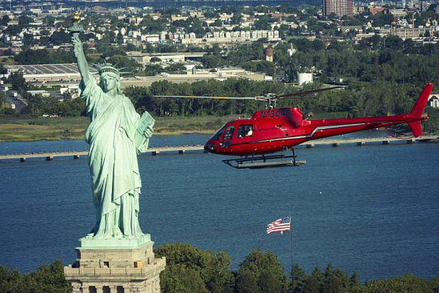 Flying over the Statue of Liberty might be the coolest thing ever!