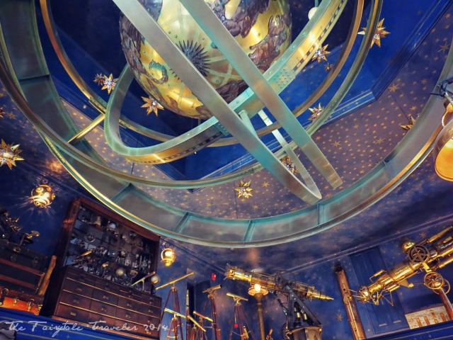 Universal Studios Diagon Alley shops 12