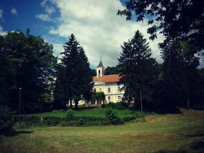 Dvorac Bezanec Castles in Croatia