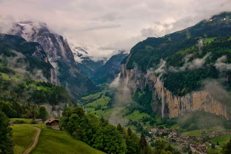 lauterbrunnen valley Middle Earth