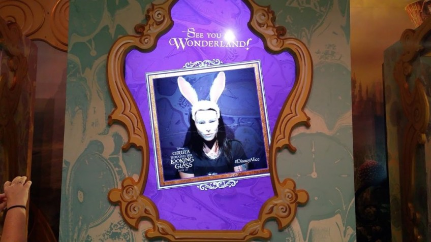 Alice in Wonderland photo booth D23 EXPO