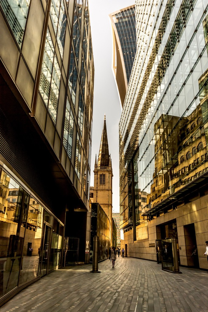 London, commercial city, Bank of England, City