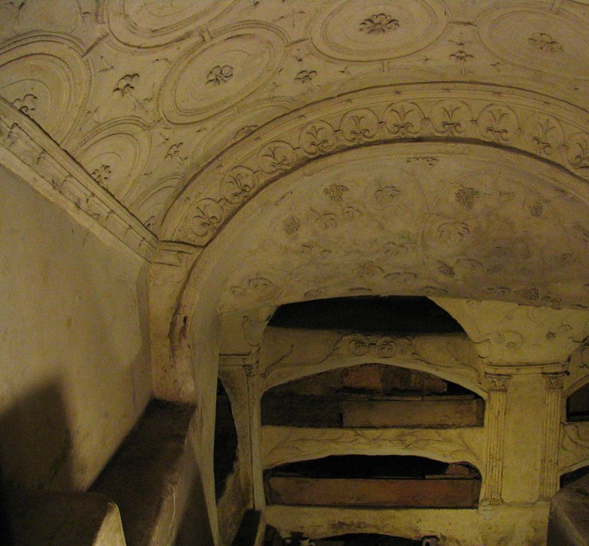 Catacombs S. Sebastiano CC BY 2.0, httpscommons.wikimedia.orgwindex.phpcurid=1749437