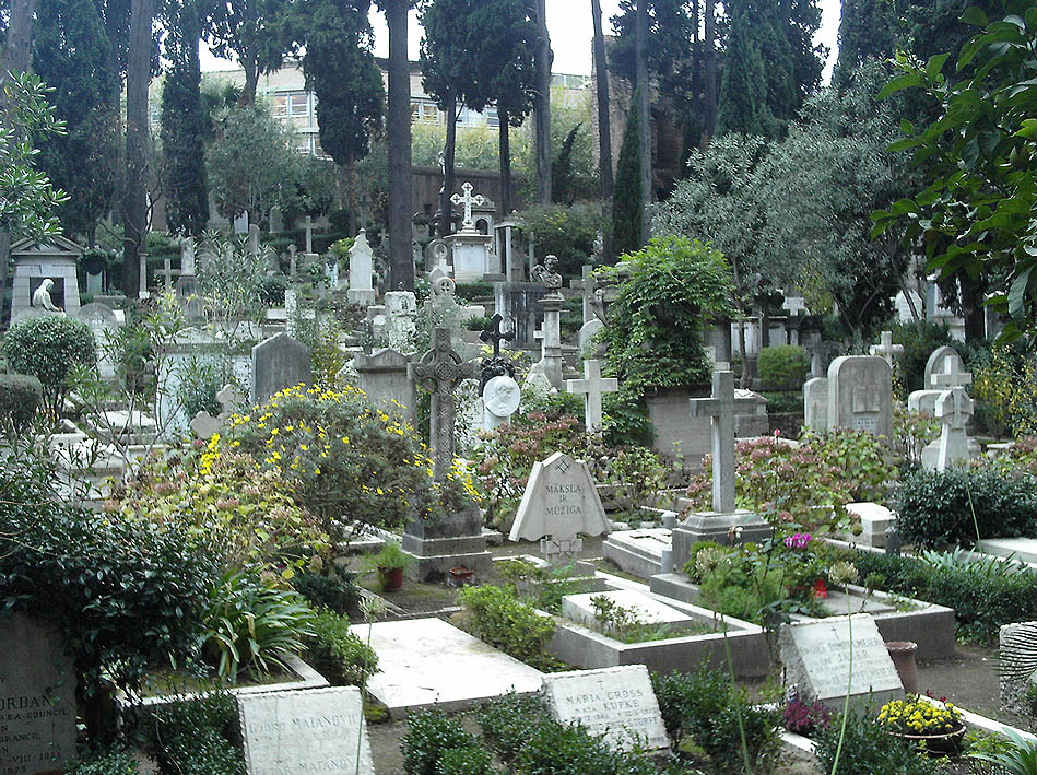 Things to do in Rome, creepy, weird, the protestant cemetery
