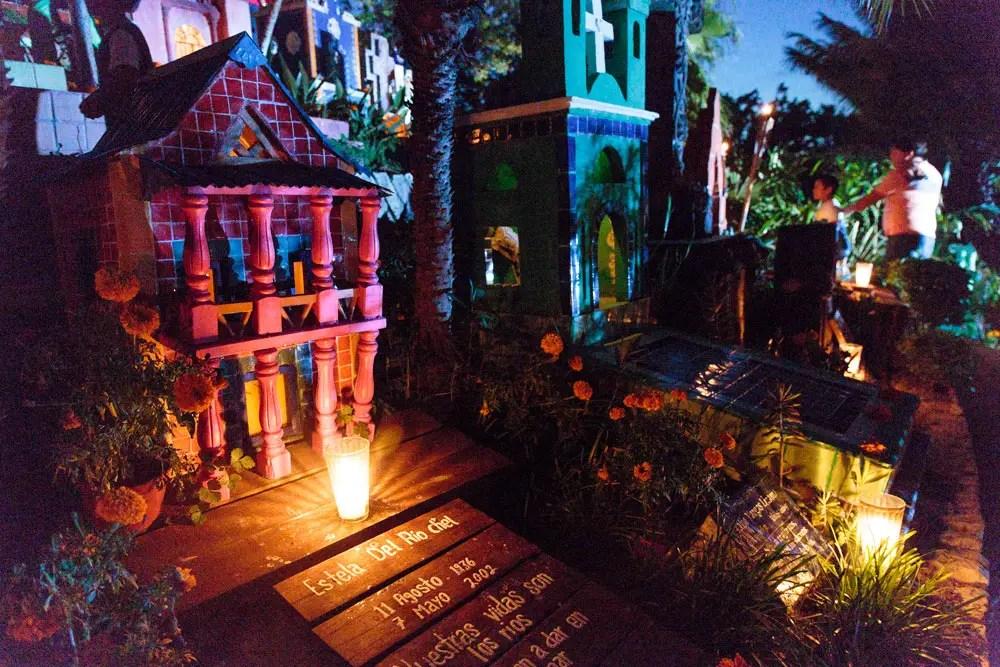 Day of the Dead vacation, Xcaret, Mexico, dia de los muertos, cemetery