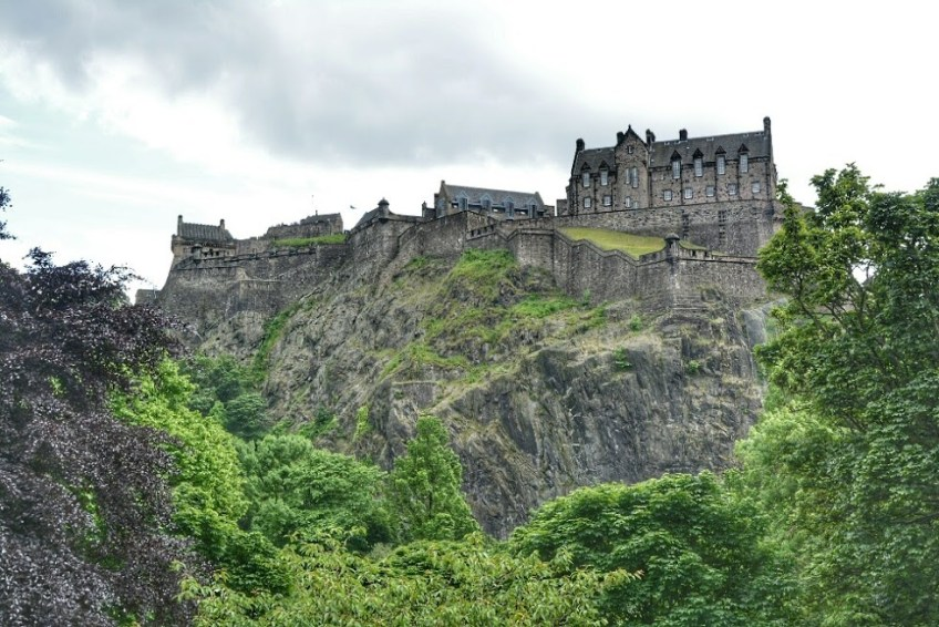 most haunted places in Europe, Edinburgh Castle, Scotland
