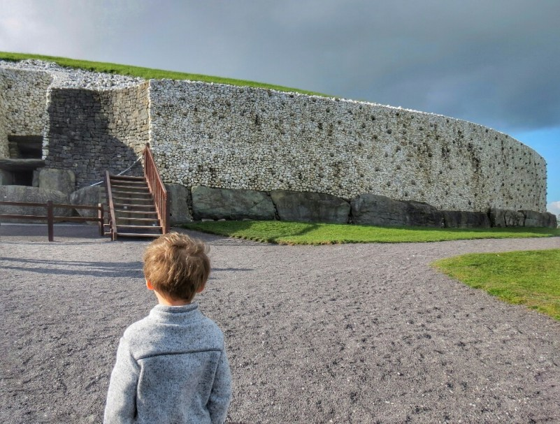 Ireland's Ancient East, Newgrange, Gauge Rybak, KidFriendly