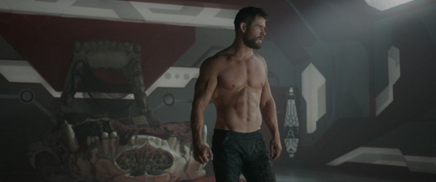 Thor: Ragnarok images, chris hemsworth shirtless