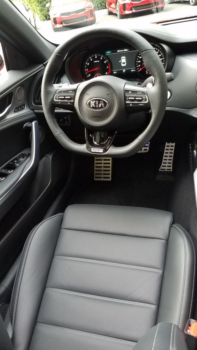 Kia Stinger GT, Kia Stinger, Kia Stinger Price, Kia Stinger Interior