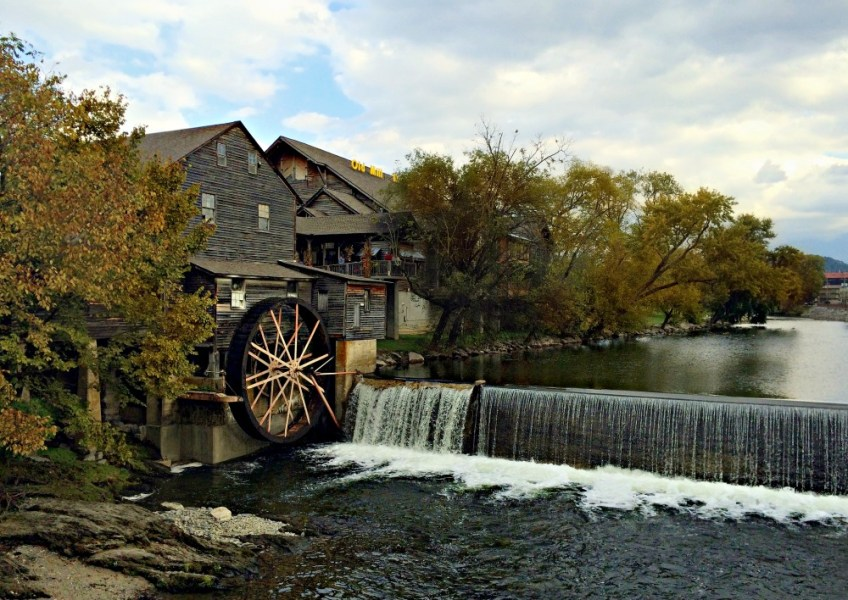 Pigeon Forge, The Old Mill, winter road trips