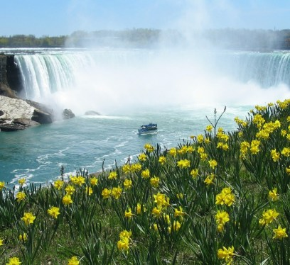 things to do in Canada, most educated countries, Niagara falls, the best waterfalls, visiting canada, magical waterfalls