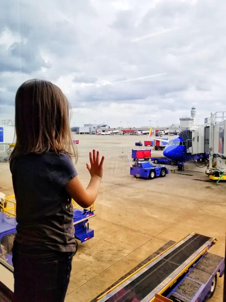 flight delays airport, child trauma