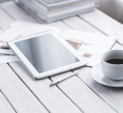 benefits of electronic signatures, tablet, stylus