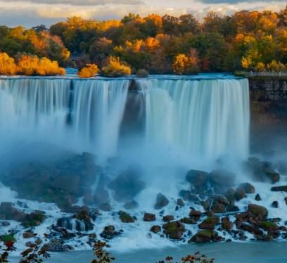 niagara falls autumn