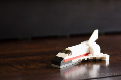 LEGO-monthly-mini-build-february-2015-space-shuttle-5