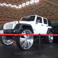 Jeep Wrangler on 34 Inch Wheels and Tires (Photos)