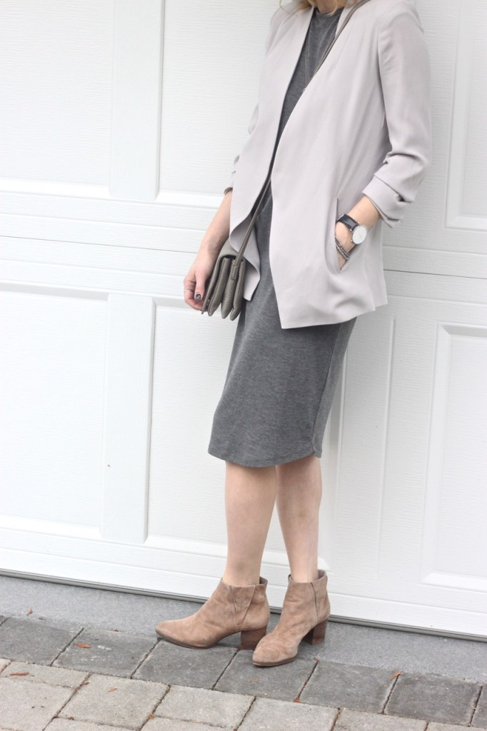 all grey tones - the family jewels blog