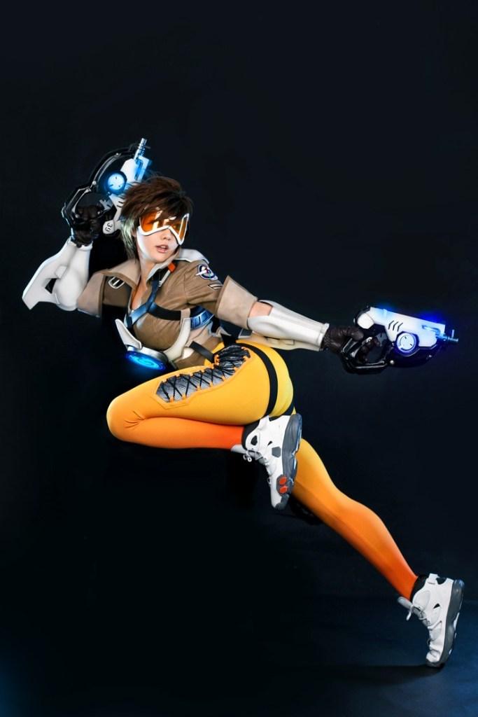 tasha cosplay tracer overwatch (4)