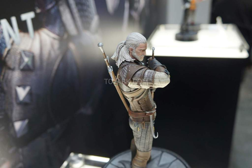 toyfair 2016 dark horse the witcher 3 (18)