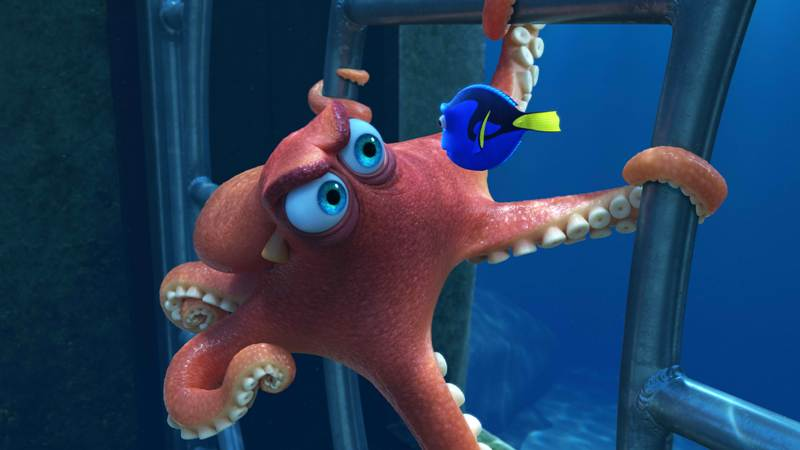 meet hank dory s grumpy new friend in finding dory the fanboy seo