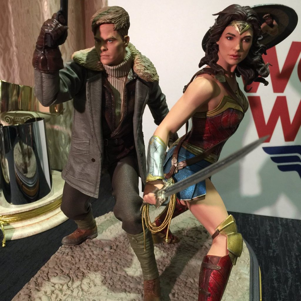 DC Collectibles Wonder Woman Statue Gal Gadot Chris Pine (1)