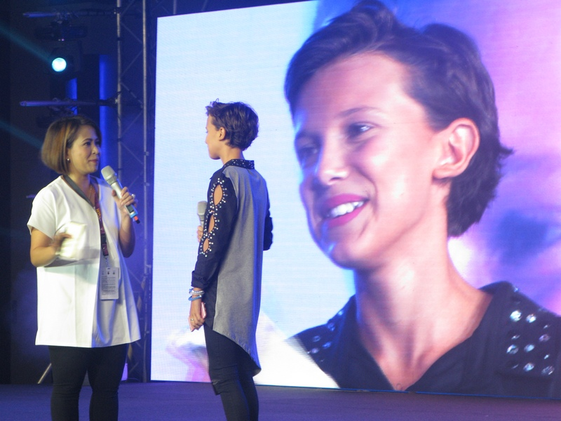 asiapop comicon 2016 millie bobby brown main stage day 2 (7)