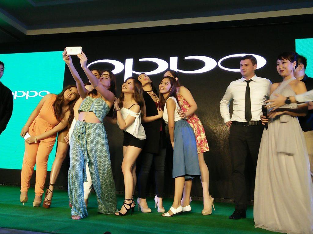 oppo f1s launching with jasmine curtis ella cruz apple chico shy bea benene (1)
