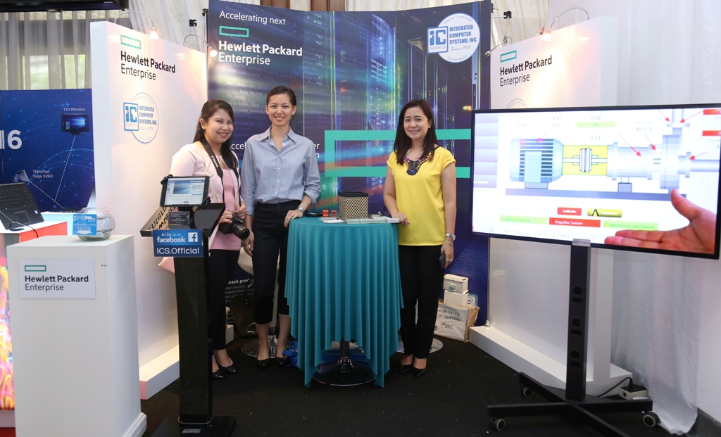 One of the exhibitors at #MTECH2016, Hewlett-Packard, showcases one its latest innovations in enterprise solutions that include servers and cloud computing systems.