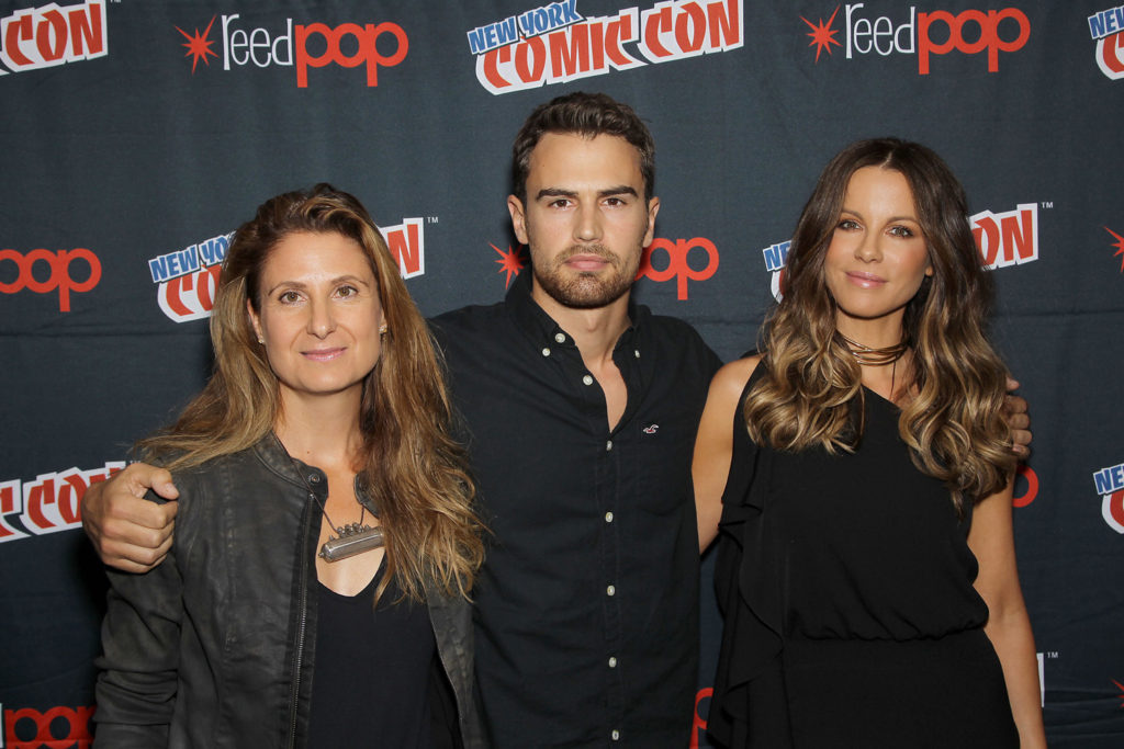 """New York, NY - October 7,2016 Director Anna Foerster, Theo James and Kate Beckinsale attends the photo call for Screen Gems' """"UNDERWORLD: BLOOD WARS"""" at New York Comic-Con at Madison Square Garden."""