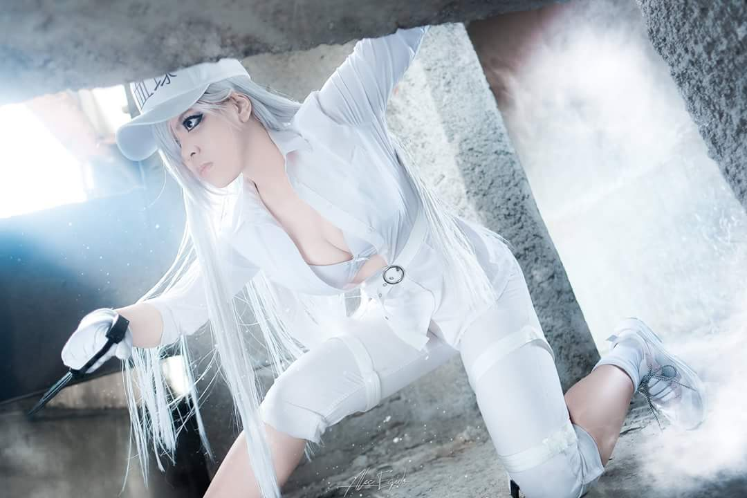 The coolest Female White Blood Cell Cosplay Today by Brack Negumi